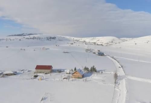 Снег и холод сковали Сербию