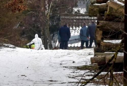 В Баварии отец обнаружил тела своих детей и их друзей