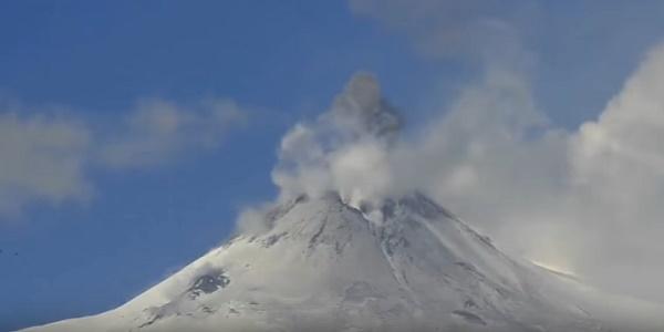 Самый большой вулкан в Европе может проснуться