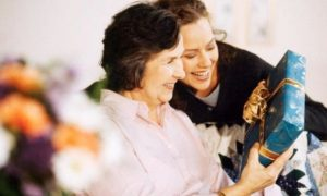 Чем порадовать любимую бабушку?